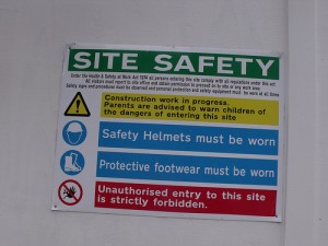 Site safety sign [Image from Ell R Brown on Flickr - Creative Commons]