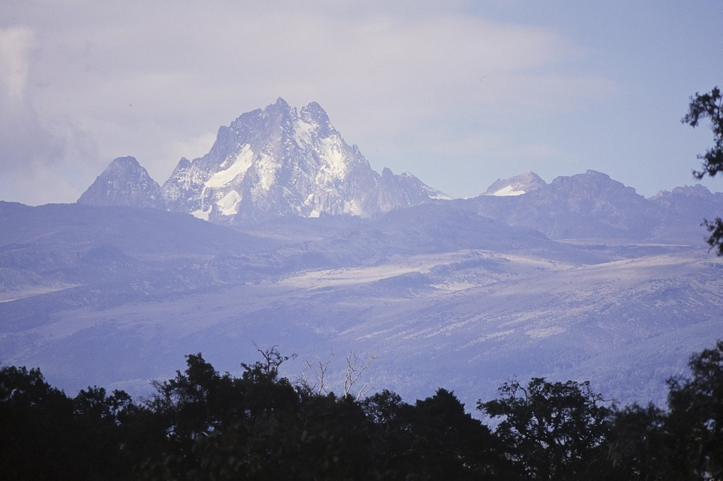 Mount Kenya, by Frédéric SALEIN (image via Flickr Creative Commons - https://www.flickr.com/photos/fredericsalein/5412789480)