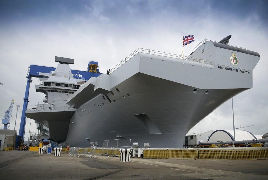 HMS Queen Elizabeth [CPOA( Phot) Thomas Tam McDonald, Crown Copyright/MOD2014]