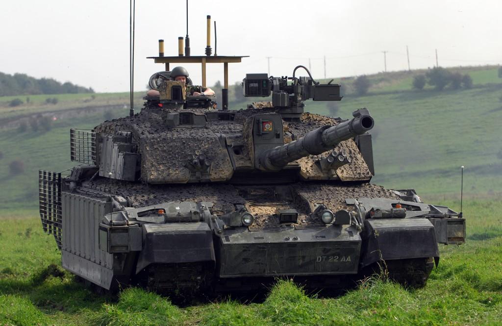 A Challenger Main Battle Tank on Salisbury Plain. [Crown Copyright/MOD2008]