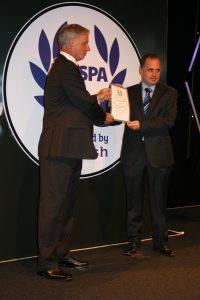 Sean McGovern collecting the award. [Crown Copyright/MOD2016]