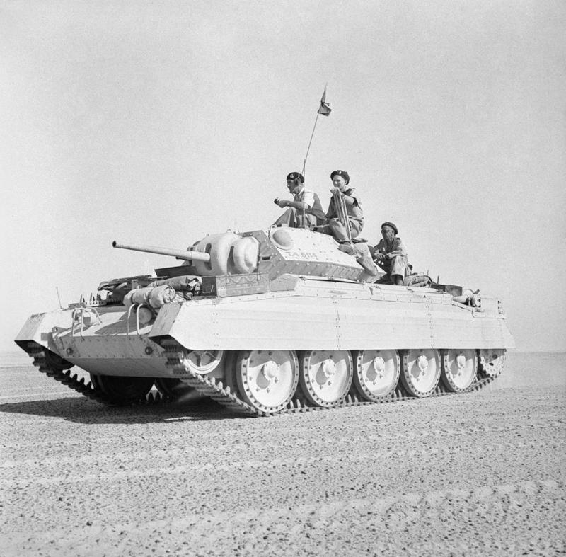 A Crusader II tank in the Western Desert, 2 October 1942. [© IWM (E 17616)]