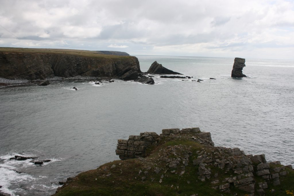 Cliffs at Range West. [Crown Copyright/MOD2016]