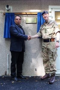 At the opening of Centaur House, George shakes hands with Col Nick Sawyer, Commander JTGBAD. [Crown Copyright/MOD2016]