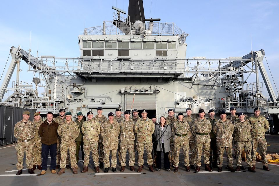Standing Joint Force Headquarters staff visited HMS BULWARK for a brief on Maritime awareness. [Crown Copyright/MOD2017]