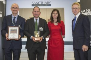 Mark Duddy and Maj Gen Richard Wardlaw receiving ABP Sanctuary Award from Julie Taylor and Graham Dalton [Crown Copyright, MOD 2017]