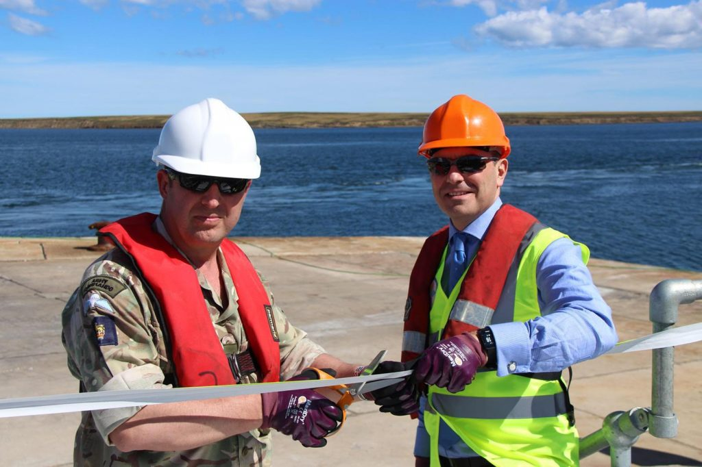 Brigadier Baz Bennett and DIO's Geoff Robson open the jetty in Mare Harbour (Crown Copyright, MOD 2018)