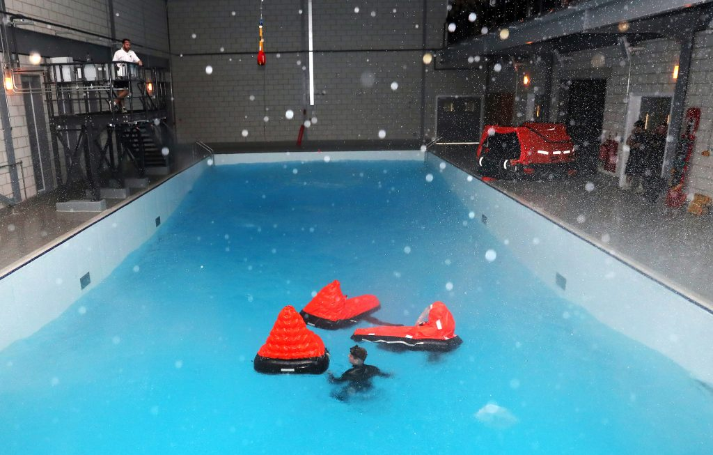 The single seat liferafts in the main environmental pool. [Crown Copyright, MOD 2018]