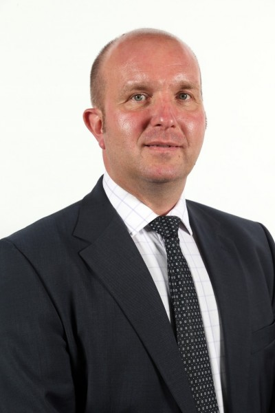 Running the defence estate colin wood inside dio - Chief operating officer qualifications ...